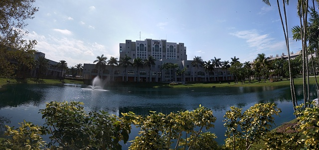 Nexus 6: Camera Pictures!  Lets see them.-pano_20141120_110624.jpg