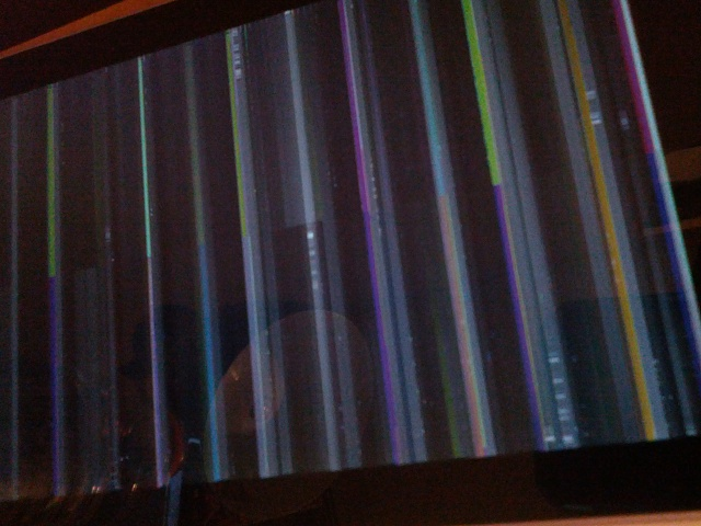 Nexus 7 problem; Won't charge, and when it does, screen goes dead and pixels fly across the screen.-2012-12-06-01.34.46-1.jpg