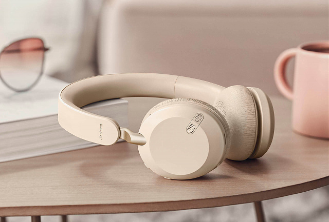 I want to hear my voice when using Bluetooth headset for calls.-goldbeige_2.jpg