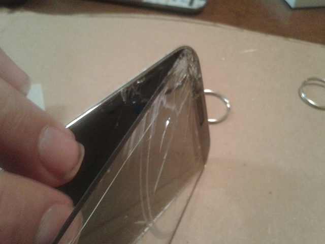 Can I get some help with a Galaxy S4 screen repair gone bad?-screen-open-2.jpg