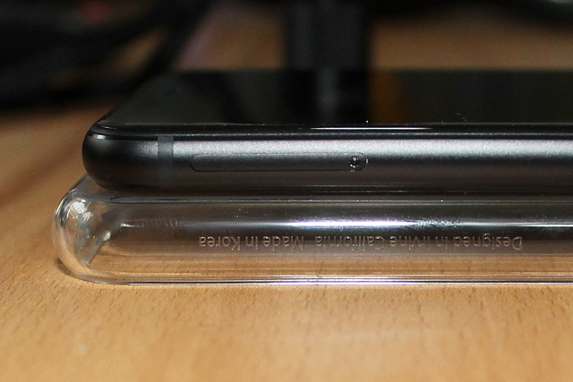 New Honor 8 has scratches UNDER screen and on sim tray-e4o3ojx.jpg
