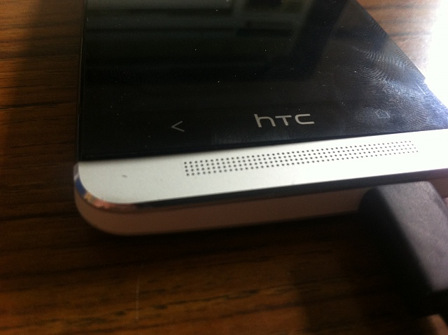Prospective HTC Buyers: Beware of Poor HTC One Build Quality!!-photo-4.jpg