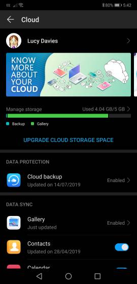 How can I free up space using the Huawei gallery app?-114472.jpg