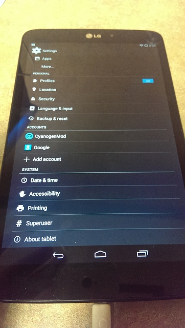 My 9 LG G Pad running 4.4.2 Kitkat, no reason to buy the GPe if you already have one-2013-12-13-08.35.43.jpg