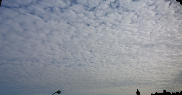To those who claim sky detail is lost with G2 camera:-2013-12-01-13.31.23.jpg
