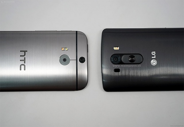 LG G3 Spotted beside HTC M8-image.jpg
