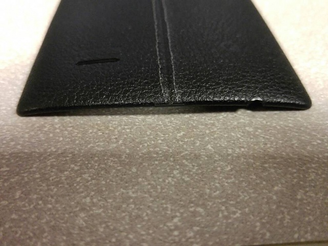Battle damage on your leather battery cover?-5367.jpg