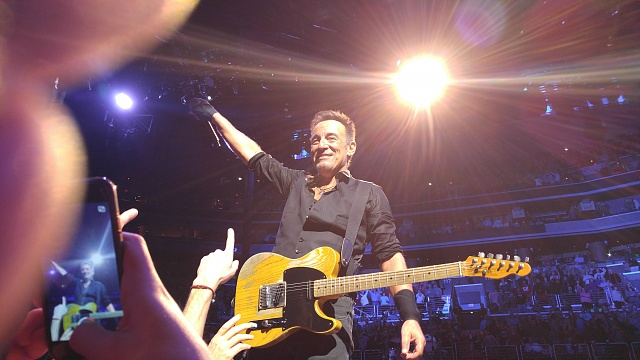 So glad I upgraded to the V10 for the camera at the Springsteen show last Friday-2016-01-29-22.52.04-copy.jpg