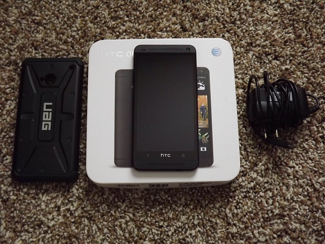 Excellent Condition AT&T Black 32GB HTC One with UAG Case-htc-one-accessories.jpg