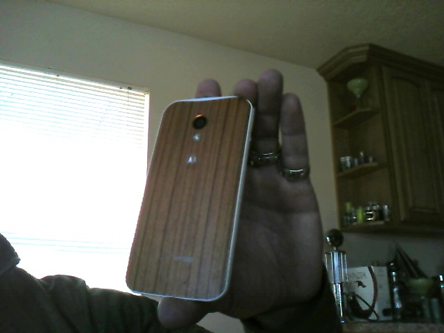 Verizon MOTO X CUSTOMIZED for BB Q10 White(with casemate designer woods case)-140315-130510.jpg