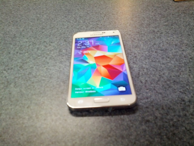 Brand New White Verizon Samsung Galaxy S 5-img_20140510_023122.jpg