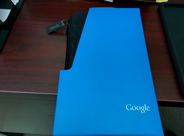 Assorted Lot of Nexus 7 2013 Offical Accessories - Includes Wireless Charger and More!!-img_20140512_103240.jpg