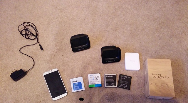 Samsung Galaxy S4 Google Play Edition with MANY accesories-img_20140729_195038.jpg