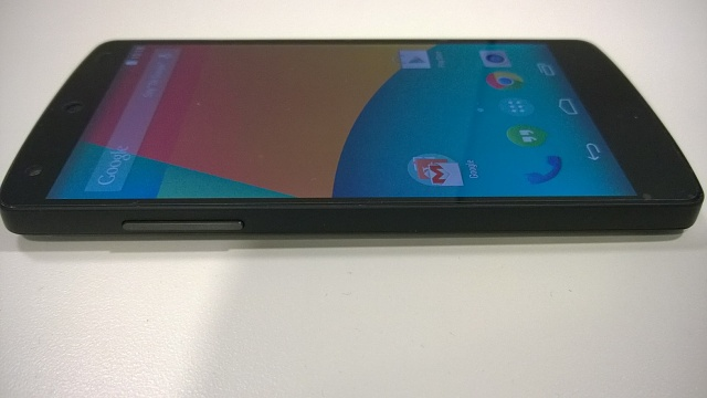 MINT UNLOCKED Nexus 5 16 GB Black + Accessories-wp_20140814_016.jpg