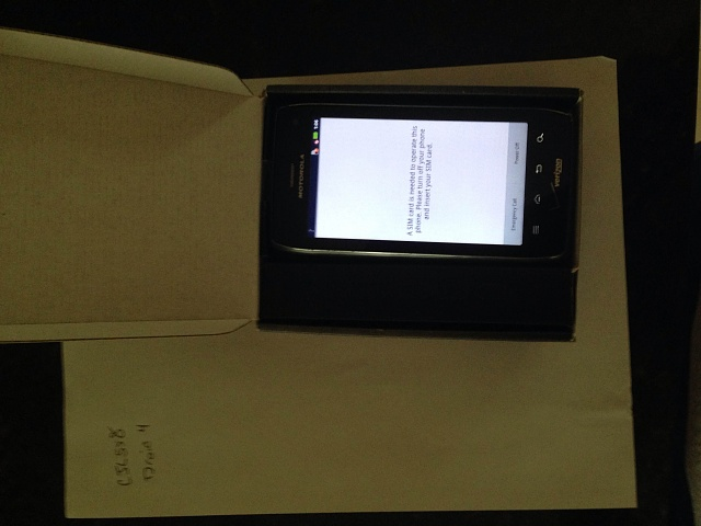 Droid 4 - Verizon - With Original Box & Vehicle Navigation Dock-img_0022.jpg
