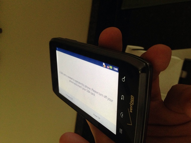 Droid 4 - Verizon - With Original Box & Vehicle Navigation Dock-img_0024.jpg
