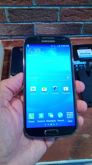 Samsung Galaxy S4 16GB AT&T Version.  Mint Condition with Many EXTRAS!!!-2014-09-17-18.39.04.jpg