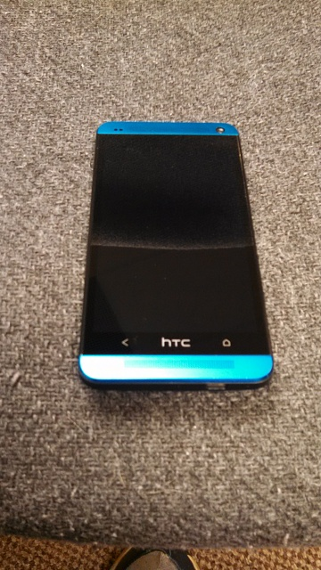 HTC One M7 - Blue!  Excellent condition-20140930_061303_android.jpg
