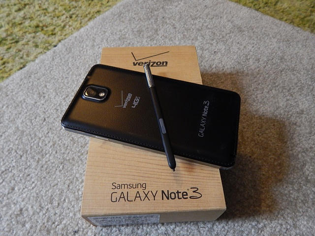 Samsung Galaxy Note 3 Accessories in Box Samsung Galaxy Note 3