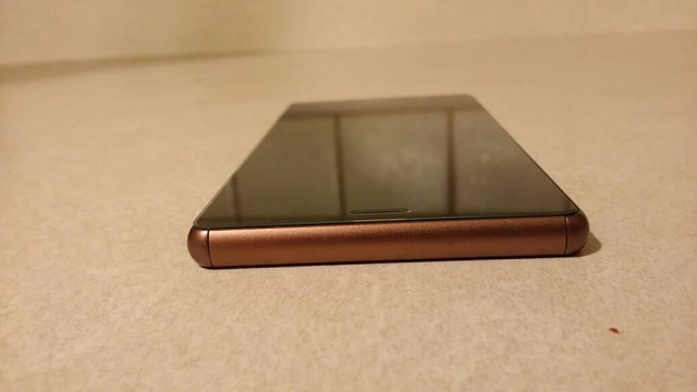 Sim Unlocked (Dual Sim) Sony Xperia Z3 Copper-bottom.jpg