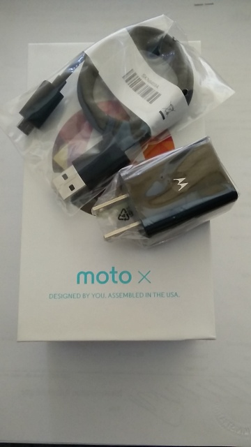 Moto X 2013 Unlocked - Lollipop with Factory Warranty - case, box, and unused accessories-2015-03-19-08.11.25.jpg
