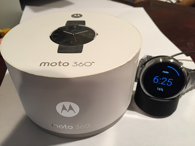 Very Good Siver Moto 360 with silver Moto steel band-img_0523.jpg