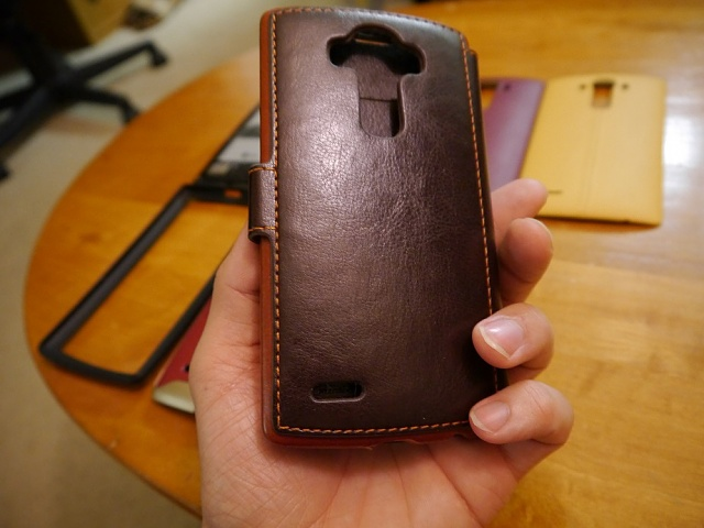 [AT&T] LG G4 - Crazy amount of extras (leather backs, cases, extended battery)-p1000080.jpg