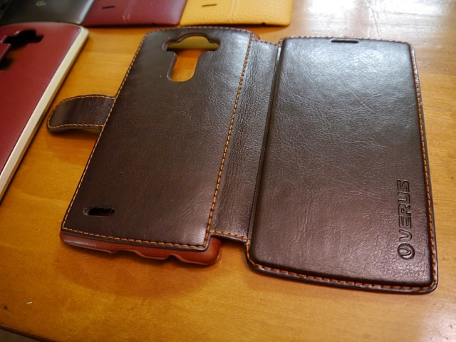 [AT&T] LG G4 - Crazy amount of extras (leather backs, cases, extended battery)-p1000082.jpg