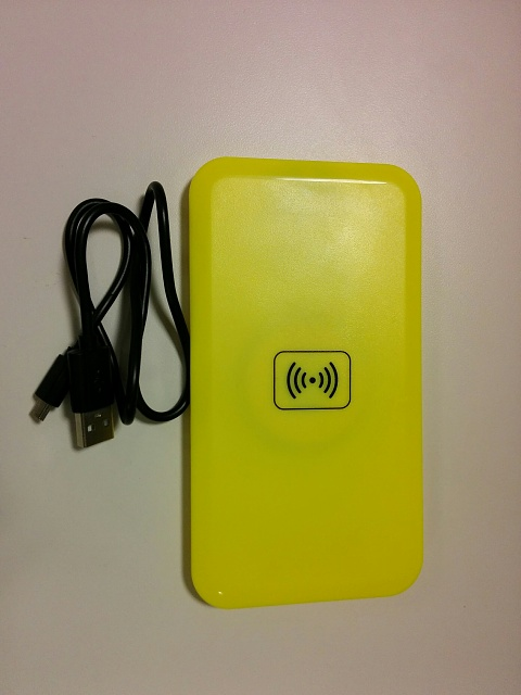 Two Wireless Charging Plates, NOKIA DT-900 and Generic.-img_20151211_152251.jpg
