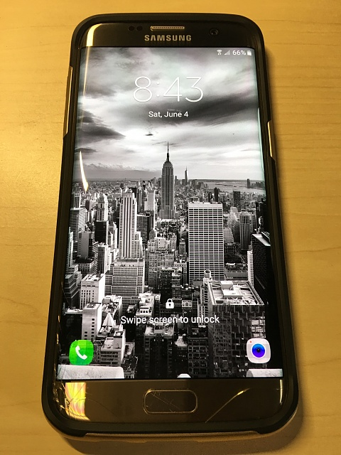 Samsung Galaxy S7 Edge-32GB-AT&T-Gold Version-Plus Many Extras-Cracked Screen but fully functional-image4.jpg