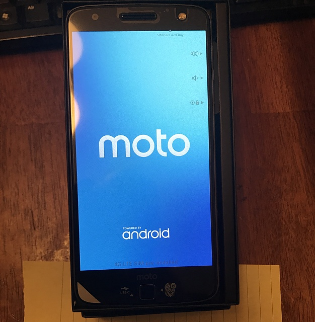 New never activated Moto Droid Z-img_0307.jpg