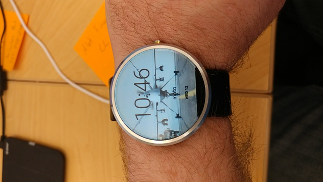 Nexus 5 and OG Moto 360 Combo Pack-20170412_104602.jpg