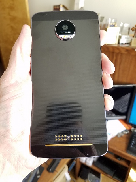 Moto Z VZW Like New-20170601_164944.jpg