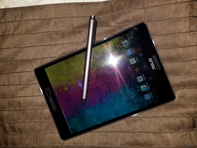 ASUS ZenPad S 8.0 with pen-15037148591841942173989.jpg