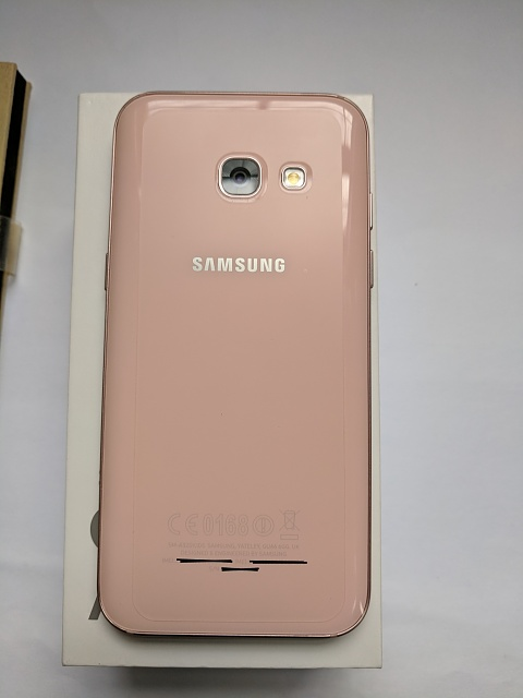 RARE Samsung Galaxy A3 2017 that works well with US LTE-a3back.jpg