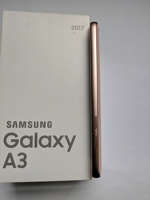 RARE Samsung Galaxy A3 2017 that works well with US LTE-a3left.jpg