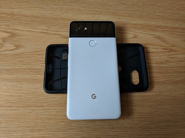 UK based Google Pixel 2 XL - 64GB / white/black - immaculate & in warranty-img_20180812_171323.jpg