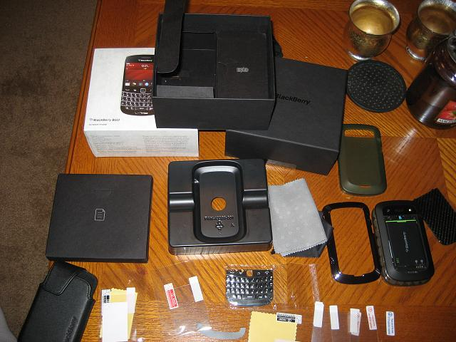 VZW 9930 WTS/WTT Great condition with extras.-img_2313.jpg