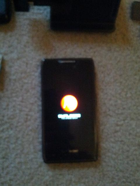 Motorola Droid Razr Maxx 16 GB Internal & 16 GB SD Card-img_20121028_163523.jpg