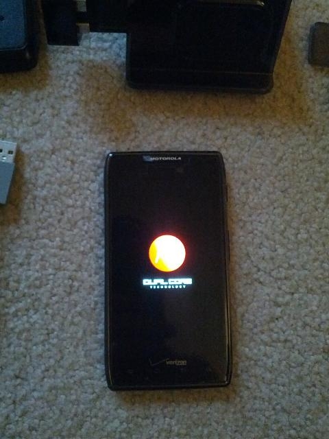 Motorola Droid Razr Maxx 16 GB Internal & 16 GB SD Card-img_20121028_163529.jpg