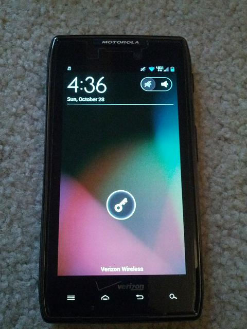 Motorola Droid Razr Maxx 16 GB Internal & 16 GB SD Card-img_20121028_163655.jpg