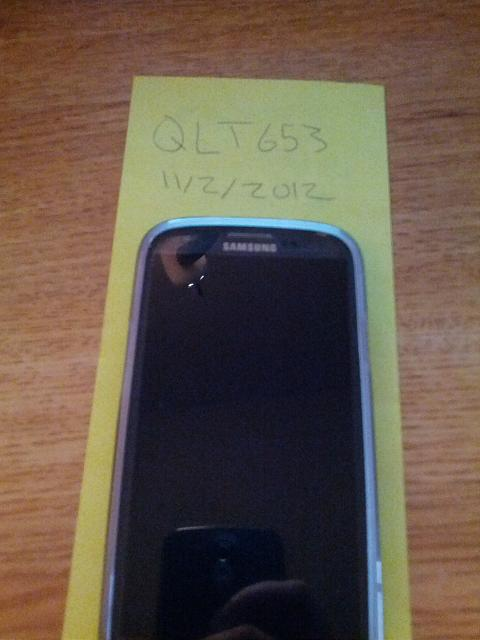 0 Mint Blue 16 GB Samsung Galaxy S3 with Extras-img_20121102_172300.jpg