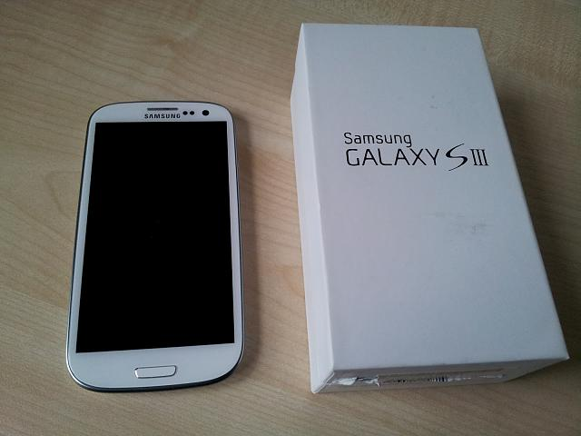 WTT White Verizon 16GB Galaxy S3 + Accessories-2012-06-03-19.42.22.jpg