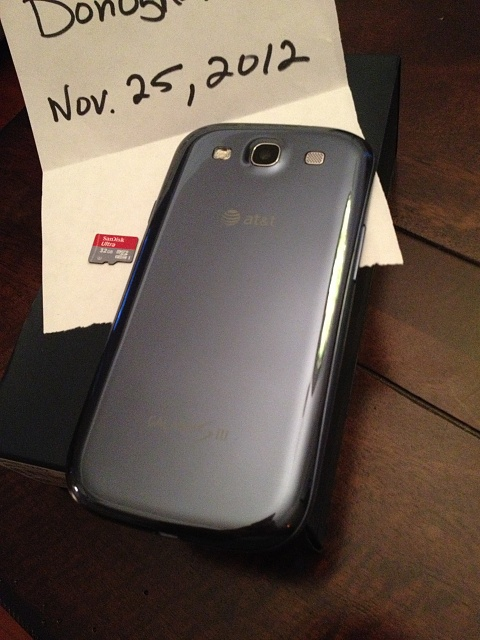 16gb AT&T Pebble Blue Samsung Galaxy S3, 32gb micro SD, 4 cases, and 4200mAh extended battery-2012-11-25-17.29.22.jpg