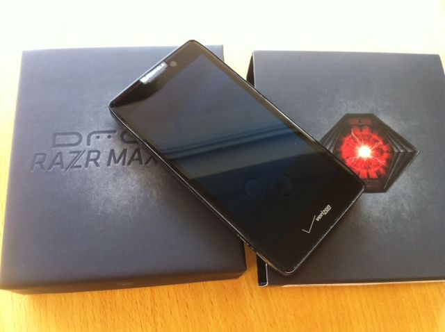 Motorola RAZR Maxx HD-photo-9-.jpg