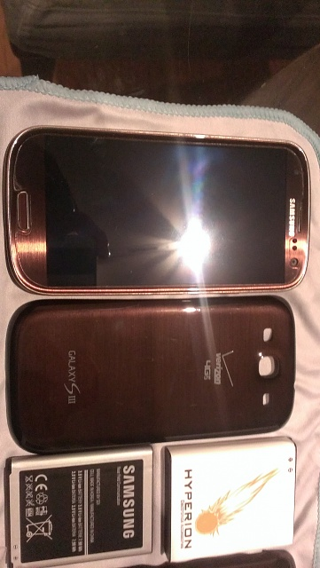 Samsung Galaxy S3 - Amber Brown - Verizon Wireless-imag0037.jpg