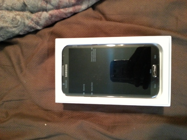 Brand new in box Verizon Galaxy Note 2 - Never Used!!-20130128_144908_8.jpg