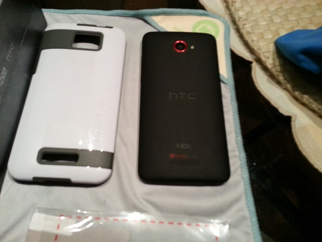 HTC DROID DNA w/ Nokia DT-900 Wireless Charging and Extras-20130130_154359.jpg