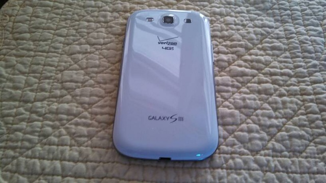 Verizon Galaxy S3 (16gb) /Mophie Juice Pack-uploadfromtaptalk1359919095524.jpg