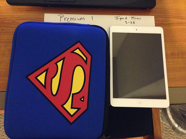 Ipad Mini 16gb white with accessories-photo-2.jpg